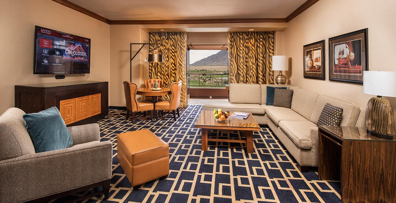 Luxury Rooms Amp Suites Albuquerque Sandia Resort Amp Casino