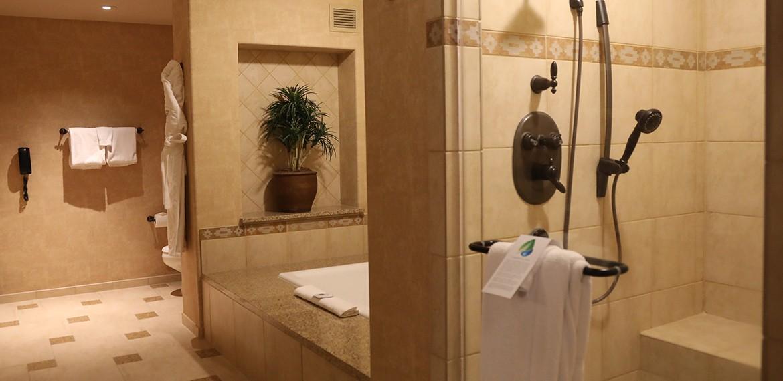 Sandia Resort and Casino guestroom amenities